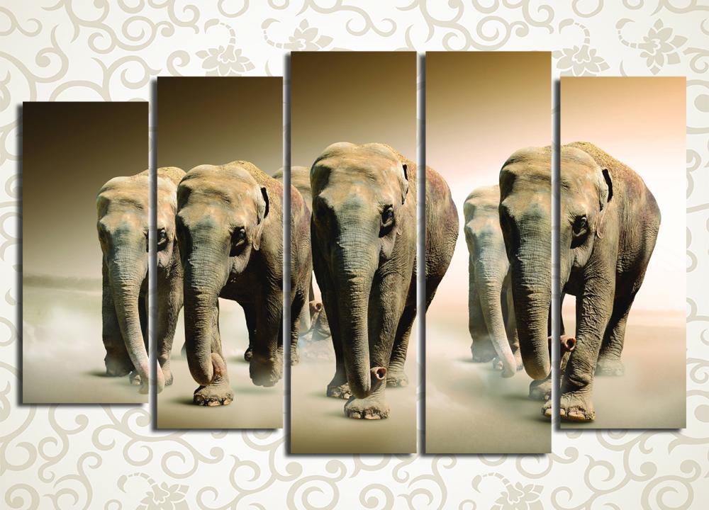 Модульная картина Идущие слоны
