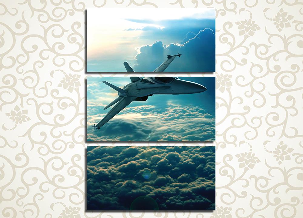 Модульная картина Истребитель в облаках