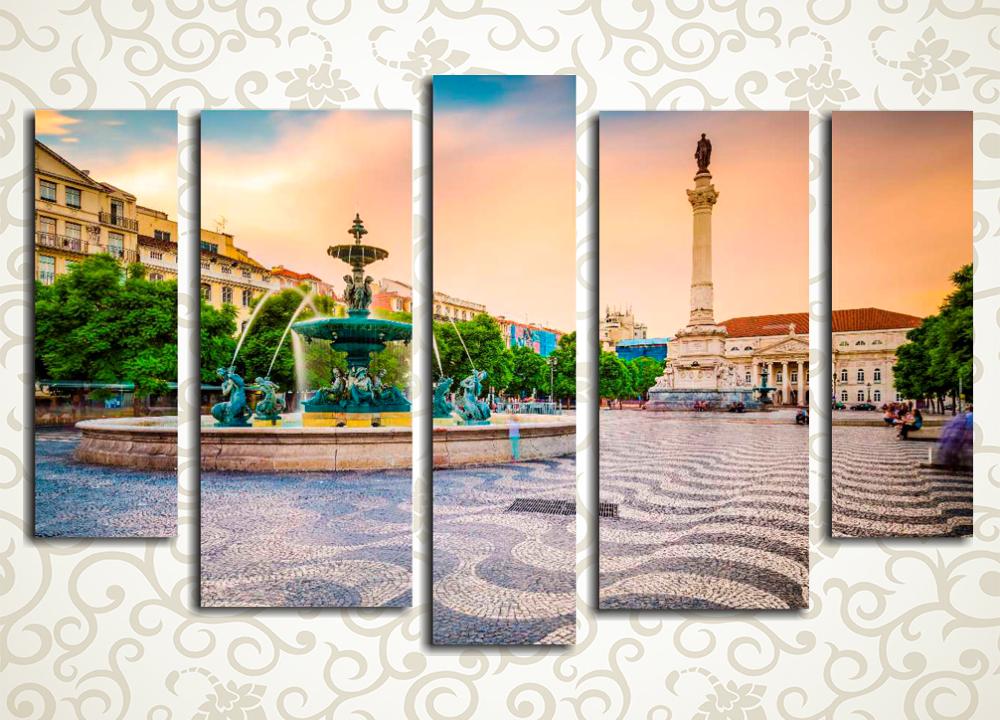 Модульная картина Площадь Лиссабона (Португалия)Модульная картина «Площадь Лиссабона (Португалия)» изображает фонтан на одной из центральных улиц португальской столицы. Это полотно станет великолепным дополнением интерьера гостиной, зала, спальни или рабочего кабинета. Картина состоит из 5 вертикальных модулей, при этом ее общая компоновка – горизонтальная. Латексные краски сохранят первозданную свежесть на много лет.<br>