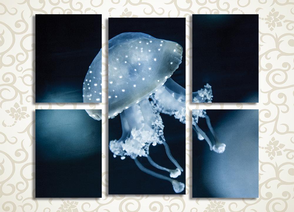 Модульная картина Медуза в ночном море